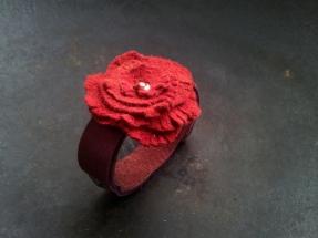 Leren armband roos
